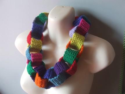 Paperchainnecklace