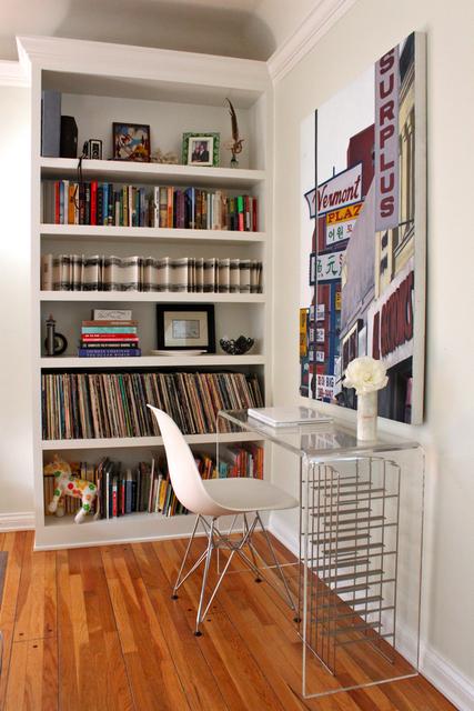 Livingroomdesk2_rect640